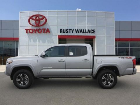 New 2017 Toyota Tacoma TRD Sport 4x4 4dr Double Cab