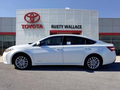 New 2018 Toyota Avalon Hybrid Limited FWD Limited 4dr Sedan